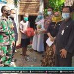 Pemerintah Kelurahan Bagikan Bansos Kepada Warga Yang Selesai Isoman