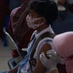 Persiapan Pelaksanaan Ptm, Ratusan Pelajar Ikuti Vaksinasi