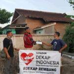 Dekap Dan Forum Teknisi Rembang Salurkan Bantuan Bedah Rumah - Mitrapost.com