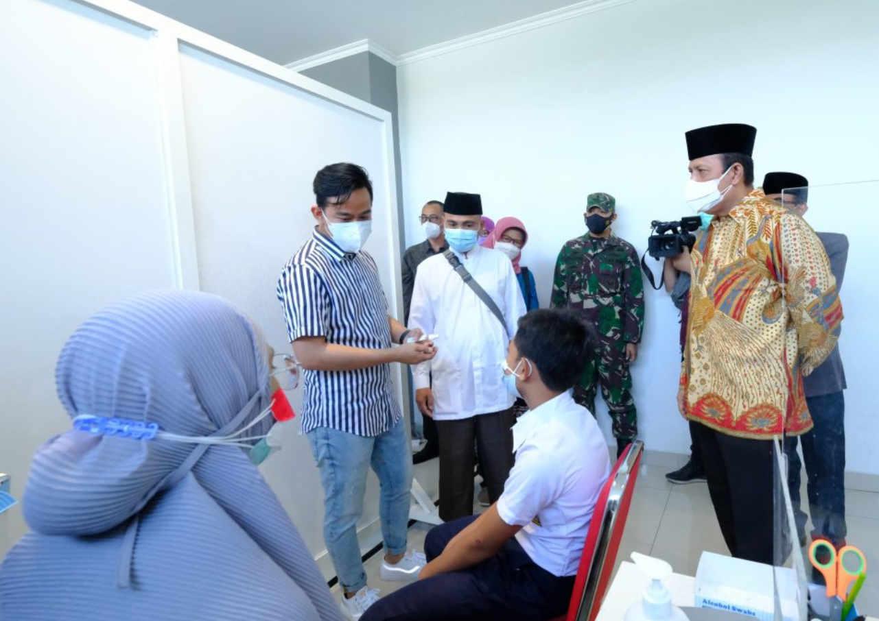 Pelajar Hingga Eksnapiter Di Surakarta Mendapatkan Vaksinasi - Mitrapost.com