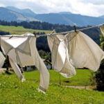 Tips-Mencuci-Pakaian-Putih-Tanpa-Pemutih