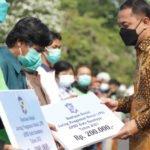 Pemkot Surabaya Anggarkan Rp3 Miliar Untuk Bansos Masyarakat Berpenghasilan Rendah