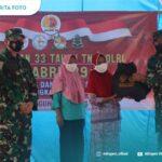 Tni-Polri Alumni Akabri '89 Salurkan Bantuan Paket Sembako Kepada Masyarakat Terdampak Covid-19